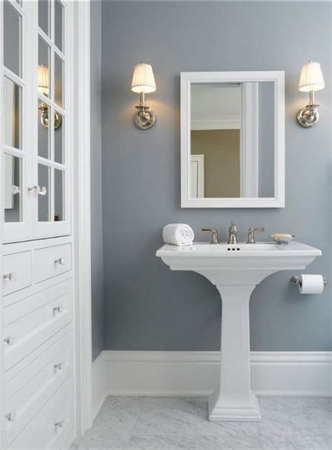 what color to paint a small bathroom to make it look bigger best 25 bathroom paint colors ideas on pinterest