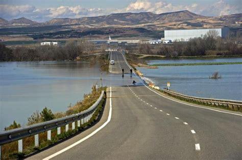 de madrid al ebro rajoy acudir 225 a la zona afectada por las inundaciones del ebro antes de que termine la semana
