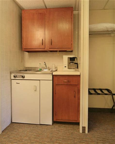 efficiency kitchen hyannis ma hotels hyannis hotels cape cod hotel indoor