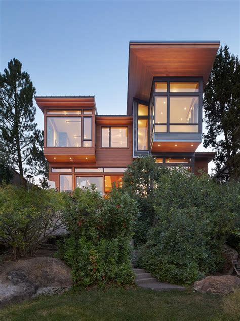 Home By The River modern and open riverfront home in oregon hgtv faces of