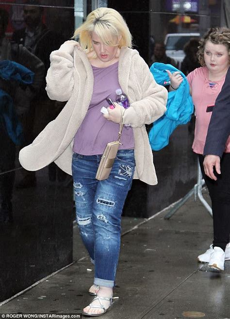 honey boo mama june weight loss mama june arrives at gma with honey boo boo in tow daily