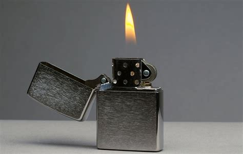 how to light a zippo how a zippo lighter is made brandmade tv youtube