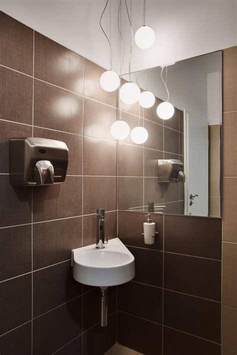 sensational pendant lights in stunning bathrooms that you