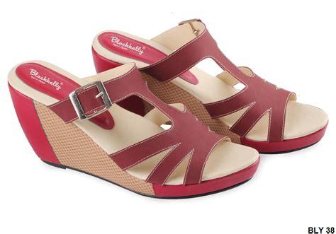 Sepatu Wanita Sneaker Wedges Sol Karet sepatu wedges bagus pu pvc sol fiber merah gudang fashion wanita