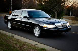black tie fleet corporate sedan lincoln towncar