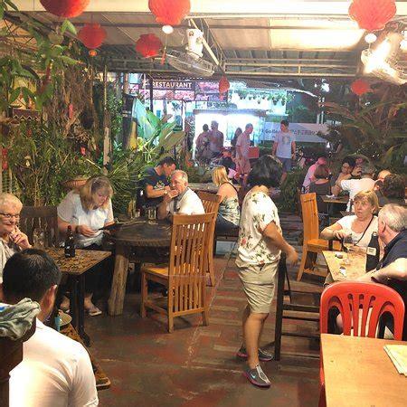 living room cafe penang living room cafe bar gallery batu ferringhi restaurant reviews phone number photos
