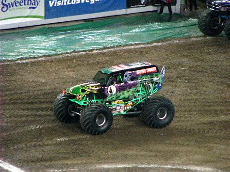 monster truck jam ta fl monster jam raymond james stadium ta fl 062