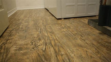 Laminate Flooring Techniques How To On Installing Laminate Flooring In A Laundry