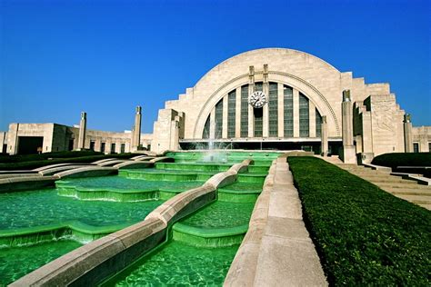 Art Deco Fountain    Union Terminal    Deco Weddings