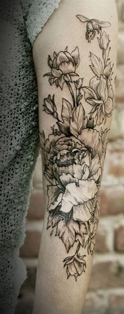 91 Gorgeous Yet Delicate Flower Tattoo Designs For Your Black And White Flower Tattoos For On Arm 2