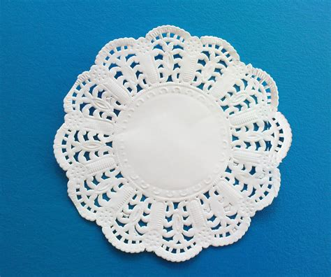 How To Make Paper Lace Doilies - www plasticcontainer my white doyley paper lace