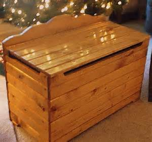 Free Building Plans For Toy Boxes woodwork plans a simple toy box pdf plans