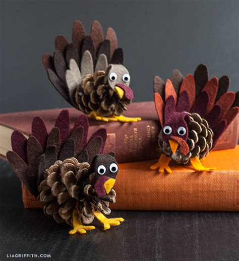 pinecone turkey craft thanksgiving craft pinecone turkeys tlcme tlc