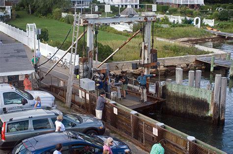 Chappaquiddick Ferry Hours The Vineyard Gazette Martha S Vineyard News Trailer