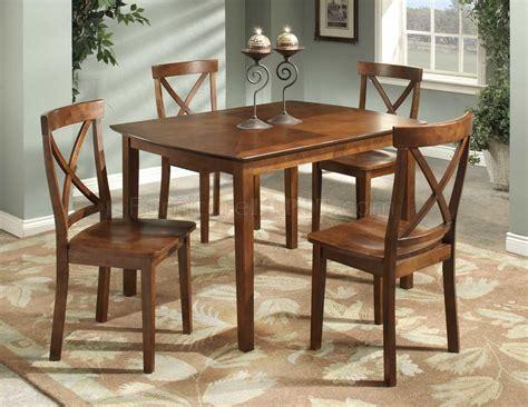 Cherry Dining Table Set Cherry Finish Modern 5pc Dining Set W Rectangular Table