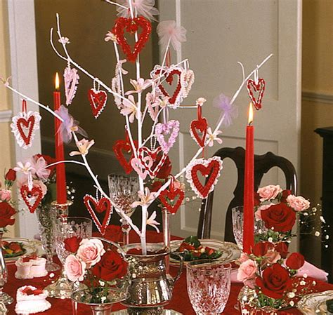 Romantic music would be ideal for a romantic valentine s day party