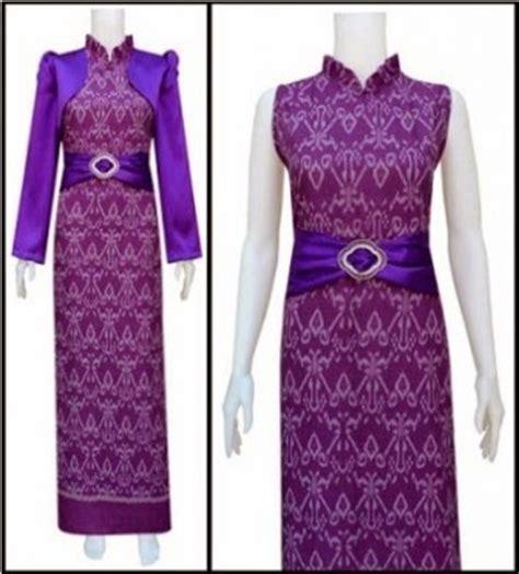 Model Baju Jubah Terbaru foto gambar model terbaru jubah batik wanita modern warna