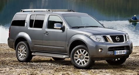 pathfinder nissan 2011 2011 nissan pathfinder and navara facelifted in