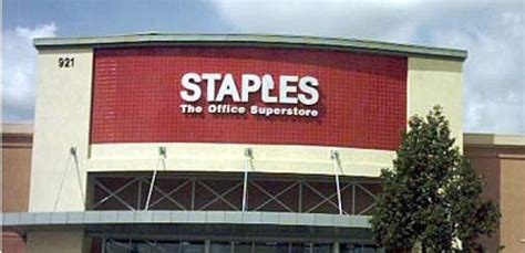Nearest Staples Or Office Depot by Staples Confirms Us 6 3b Takeover Of Office Depot