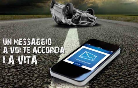 testo sulla strada un messaggio accorcia la vita la cagna di asaps drivemag