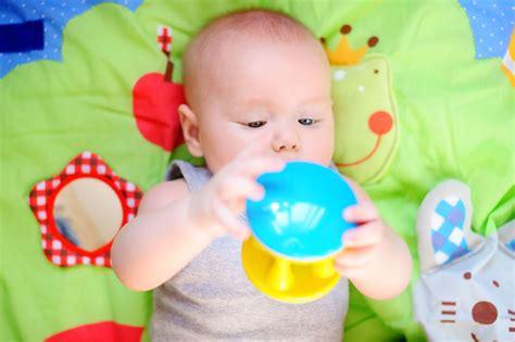 sedere rosso neonato il bambino di 4 mesi periodofertile it