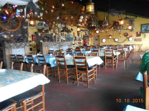 sandy hook fish and rib house dine area picture of sandy hook fish and rib house matlacha tripadvisor