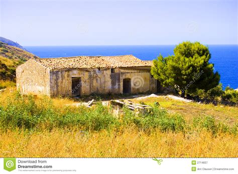 house in italian old italian house royalty free stock photography image 2714837