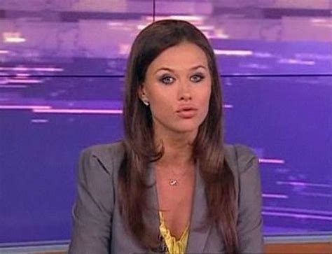 beautiful news beautiful news anchors 10 pics curious funny photos