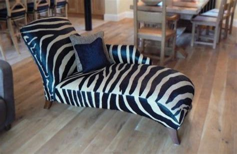 zebra print chaise lounge chair buat testing doang animal chaise lounge