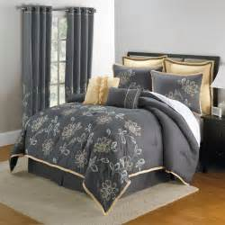 Grey Bed Sets What She Likes Comforters And Bedding Sets