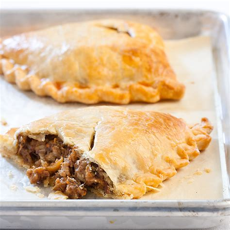 cornish finnish michigan pasties recipe dishmaps
