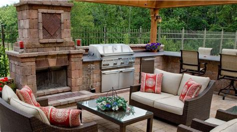 Creating Outdoor Kitchens Fit For Entertaining Unilock