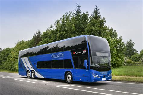 plaxton adds  coach range  double deck panorama   entry panther le alexander dennis