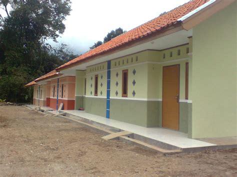 desain depan rumah kontrakan rumah kontrakan wisma wimahi