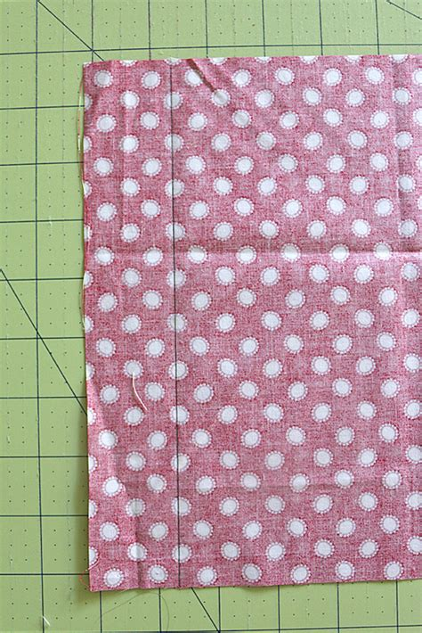easy diy quilt hanging sleeve almost entirely by machine