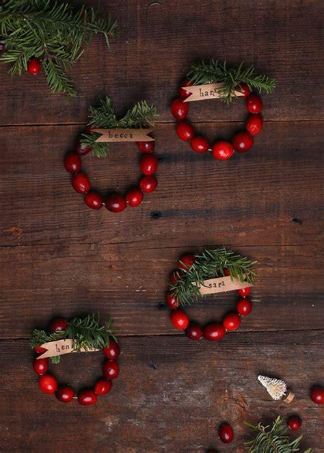 Tischdeko Weihnachten Basteln by So K 246 Nnen Sie Originelle Weihnachtliche Tischkarten Basteln