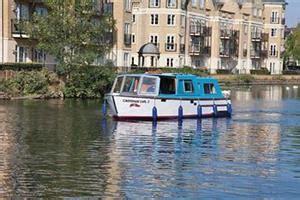thames river cruise reading caversham caversham earl in caversham boat services reading river
