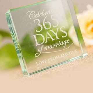 Wedding Anniversary Uk Gifts by Wedding Anniversary Gifts Ideas Gettingpersonal Co Uk