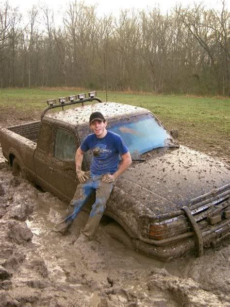 country music video mudding gotta get a little mud on them tires i don t know him but