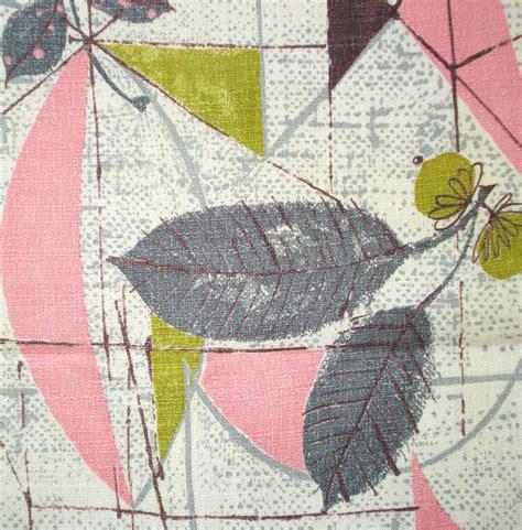 barkcloth upholstery fabric vintage barkcloth fabric fabulous fifties print by