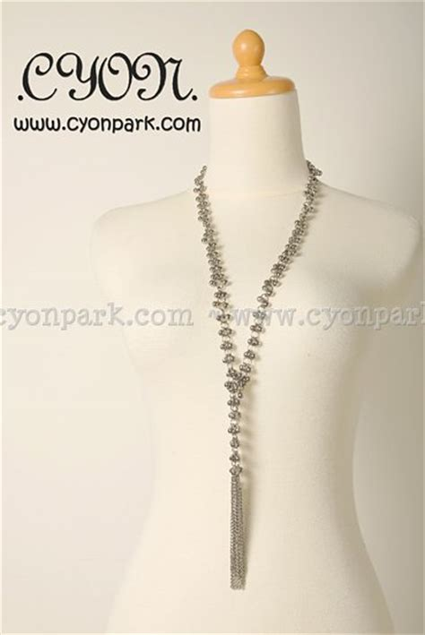 Kalung Bandul Bola Bola Dengan Hiasan Bunga new accessories collection butik shop tas pesta belt wanita cyonpark