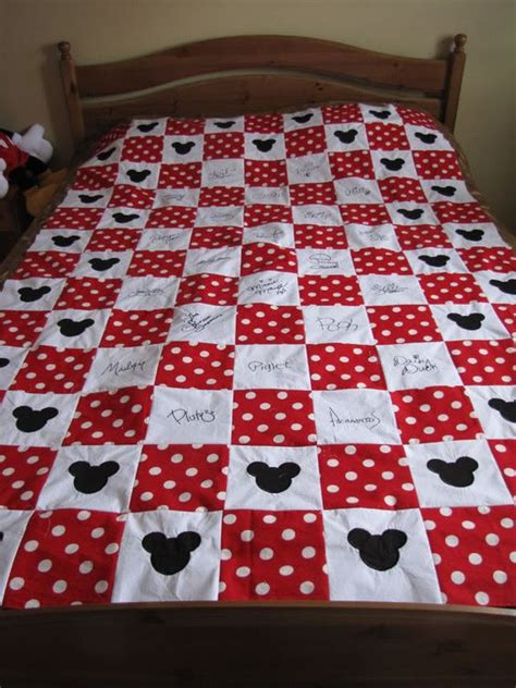 Best Fabric Pens For Quilts by Disney Quilt Mickey House And Quilt On