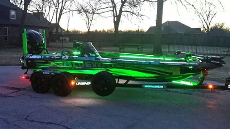 bass boat gadgets nice bass boat cool pinterest bass boat boating