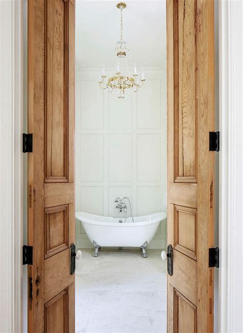bathroom bi fold door 25 best ideas about bathroom doors on pinterest sliding