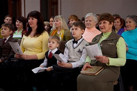 why are jehovahs witnesses persecuted in russia jw russia taganrog new charges against jehovah s witnesses