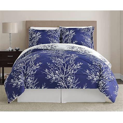 leaf pattern bedspread vcny navy and white leaf 8 piece comforter set by vcny