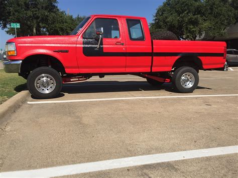 bed liner paint job 1995 f150 4x4 totally bed liner paint job 4 quot lift custom lighting etc ford f150