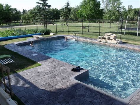 square swimming pool shirlene grinnell s blog rectangular swimming pools