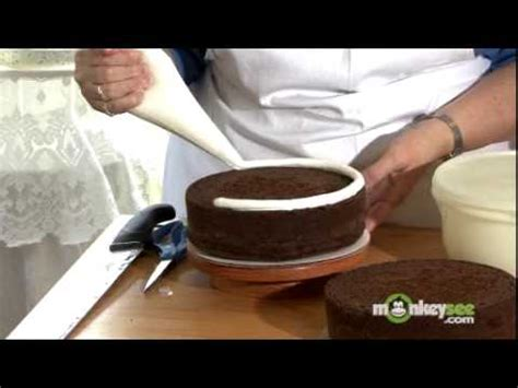 Cake Bake And Decorate by How To Bake And Decorate A Cake