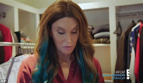 jenner hair extensions review caitlyn jenner models kylie s teal hair extensions in